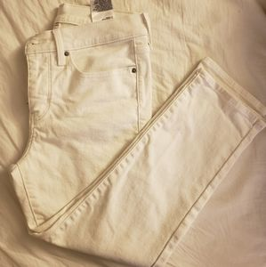 White Cropped High Waisted Levi's